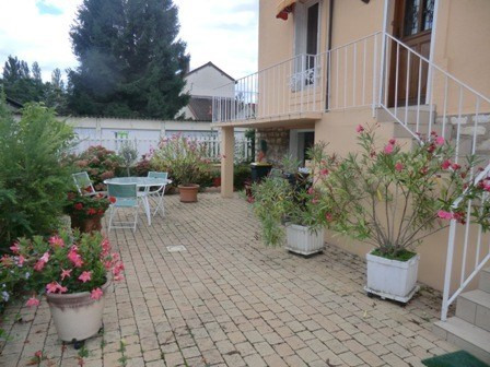 Sale house / villa Chalon sur saone 155 000€ - Picture 6
