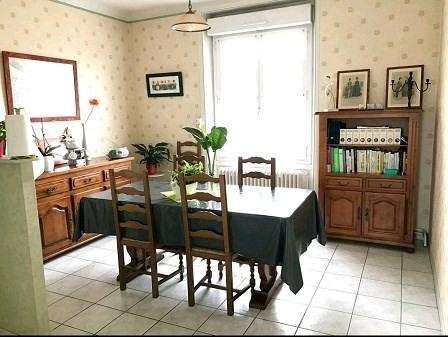 Sale house / villa Montaigu 106900€ - Picture 2