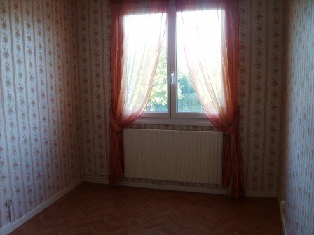 Rental apartment Champforgeuil 589€ CC - Picture 3