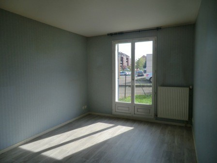 Rental apartment Chatenoy le royal 765€ CC - Picture 10
