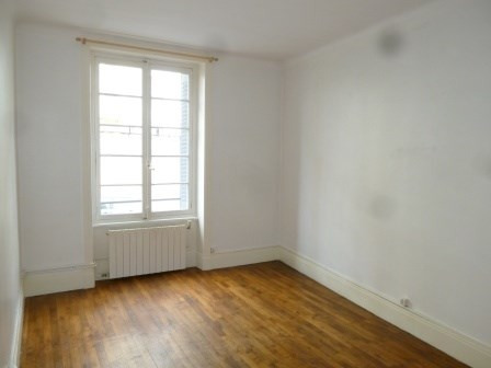 Location appartement Oullins 530€ CC - Photo 1