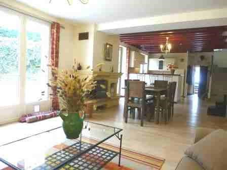 Rental house / villa Fontainebleau 2 620€ CC - Picture 3