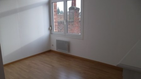 Location appartement Saint-omer 367€ CC - Photo 2