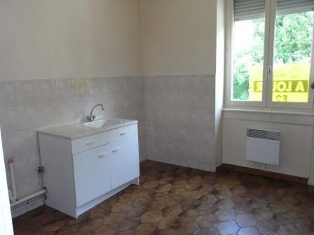 Location appartement Oullins 455€ CC - Photo 2