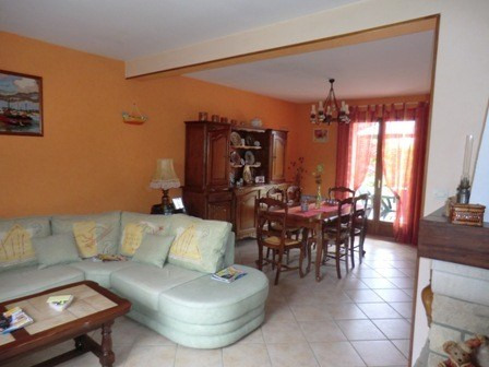 Vente maison / villa Crissey 185 000€ - Photo 2