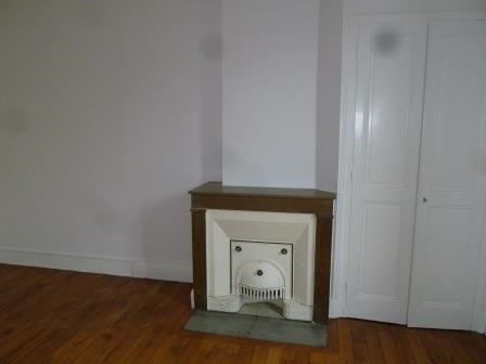 Location appartement Oullins 486€ CC - Photo 3