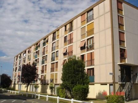 Rental apartment Ablon sur seine 847€ CC - Picture 1