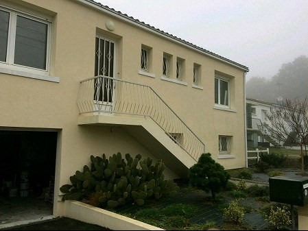 Location maison / villa La roche sur yon 660€ CC - Photo 1
