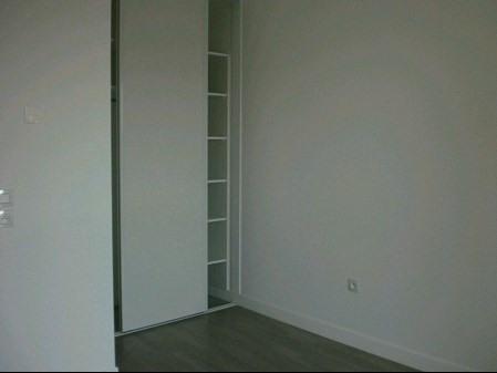 Rental apartment La roche sur yon 583€ CC - Picture 4