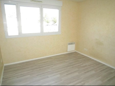 Sale apartment La roche sur yon 71 400€ - Picture 3