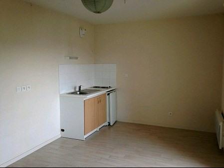 Rental apartment La roche sur yon 266€ CC - Picture 1
