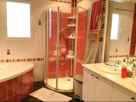 Sale house / villa St georges de montaigu 271000€ - Picture 8