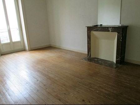 Rental apartment Vallet 640€ +CH - Picture 1