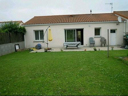 Location maison / villa La chapelle du genet 493€ CC - Photo 1