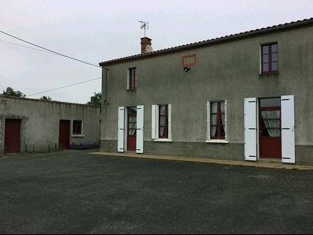 Sale house / villa La bernardiere 143000€ - Picture 1