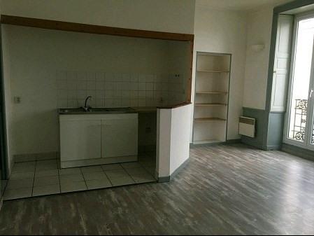 Rental apartment Le pallet 410€ CC - Picture 1
