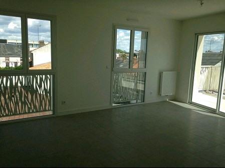 Location appartement La roche sur yon 655€ CC - Photo 1