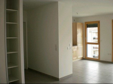 Location appartement La roche sur yon 663€ CC - Photo 2
