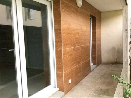 Sale apartment Montaigu 92000€ - Picture 2