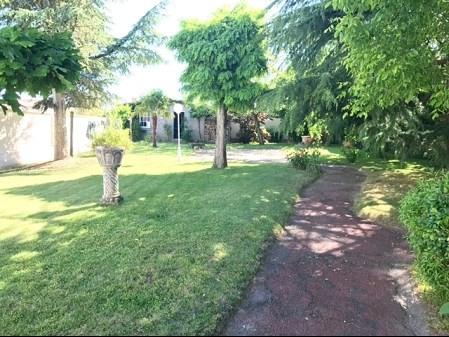 Sale house / villa La bruffiere 217900€ - Picture 5