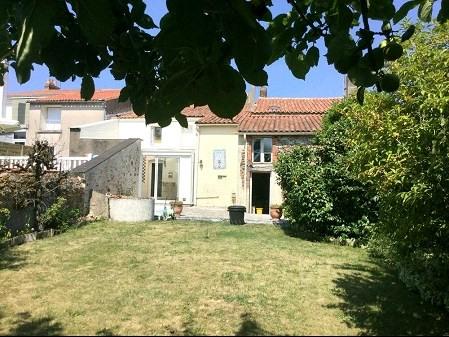 Sale house / villa Tillieres 181900€ - Picture 1