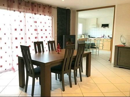 Sale house / villa St georges de montaigu 271000€ - Picture 2