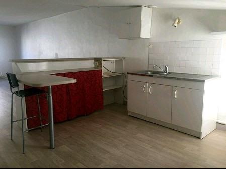 Rental apartment Vallet 580€ CC - Picture 2