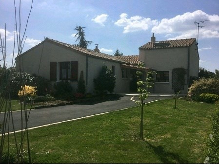Sale house / villa St hilaire de clisson 296 000€ - Picture 1