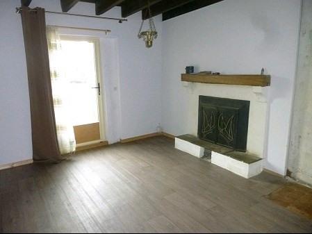 Sale house / villa Maisdon sur sevre 84900€ - Picture 1