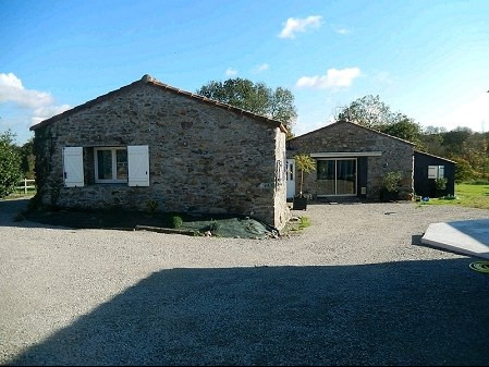 Sale house / villa Remouille 329 490€ - Picture 1