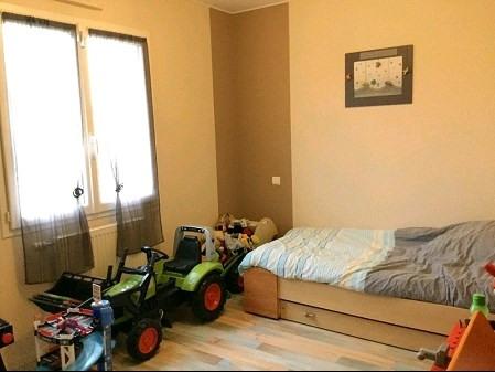 Sale house / villa St georges de montaigu 271000€ - Picture 7