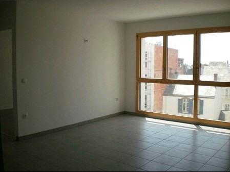 Rental apartment La roche sur yon 583€ CC - Picture 2