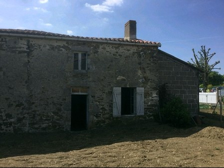 Sale house / villa St crespin sur moine 48800€ - Picture 1
