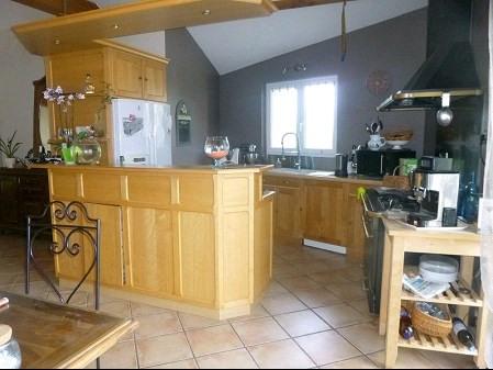 Sale house / villa Remouille 299490€ - Picture 4