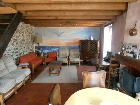 Vente maison / villa St georges de montaigu 134400€ - Photo 2