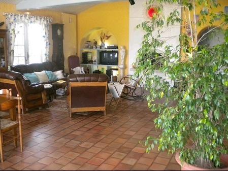 Sale house / villa Les brouzils 399900€ - Picture 7