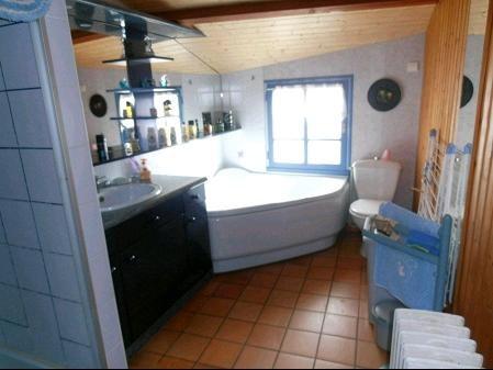 Vente maison / villa St georges de montaigu 134400€ - Photo 4