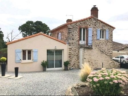 Sale house / villa Vieillevigne 208000€ - Picture 1
