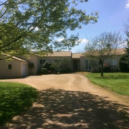 Sale house / villa Boussay 267500€ - Picture 1