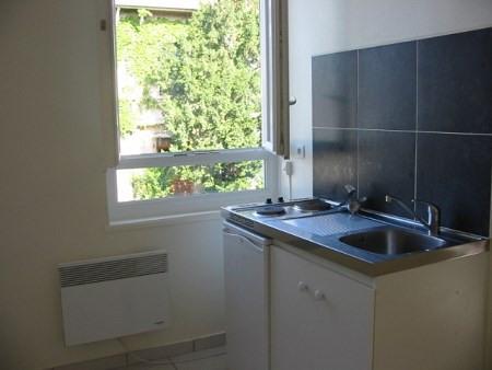 Rental apartment Lyon 3ème 485€ CC - Picture 1