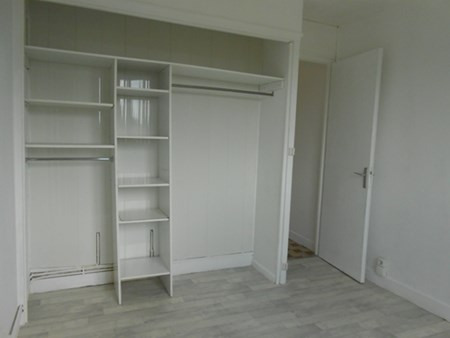 Location appartement Genay 568€ CC - Photo 2