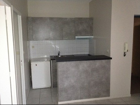 Location appartement Craponne 518€ CC - Photo 1