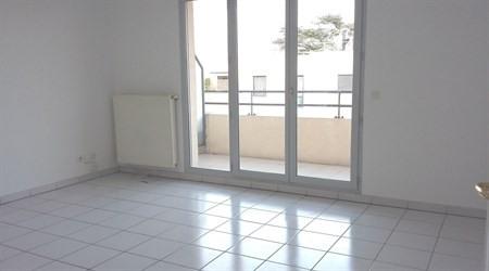 Location appartement Villefranche sur saone 638€ CC - Photo 1