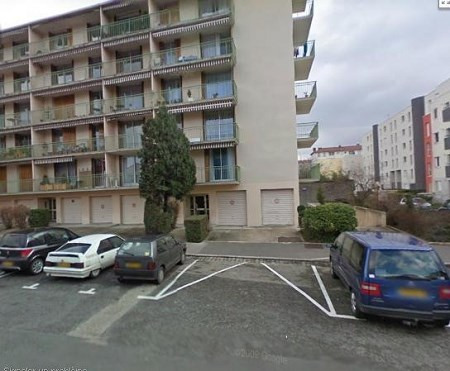 Location parking Lyon 3ème 160€ CC - Photo 1