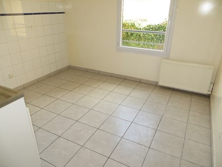 Location appartement Bron 676€ CC - Photo 4