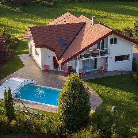 Deluxe sale house / villa St martin bellevue 1080000€ - Picture 1