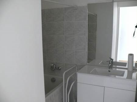 Location appartement Villeneuve-de-berg 550€ CC - Photo 10