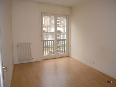 Location appartement Lyon 2ème 891€ CC - Photo 7