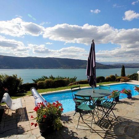 Deluxe sale house / villa Veyrier du lac 1850000€ - Picture 2