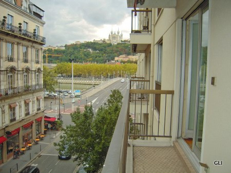 Rental apartment Lyon 2ème 891€ CC - Picture 3